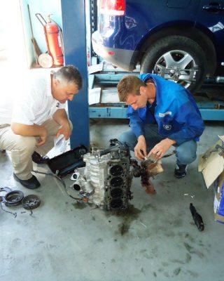 Cursuri calificare gratuite sau cu plata Mecanic auto (10)