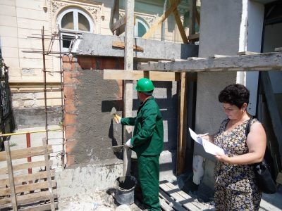 Cursuri calificare gratuite sau cu plata Lucrator finisor pentru constructii (32)