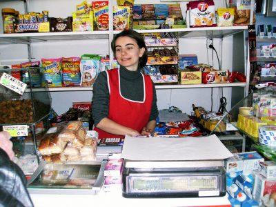 Cursuri calificare gratuite sau cu plata Lucrator in comert (37)