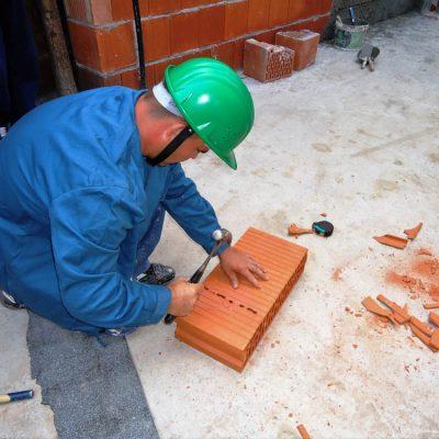 Cursuri calificare gratuite sau cu plata Zidar, pietrar, tencuitor (23)